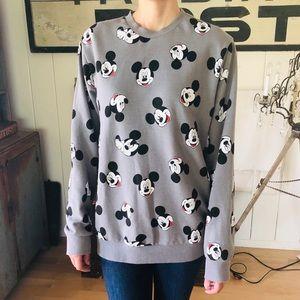 ♥️ Disney ♥️ Gray Mickey Mouse Sweater